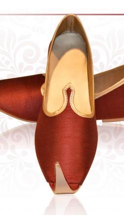 Trendy Dark Red Raw Silk Mens Wedding Mojari For Sherwani ZP1507