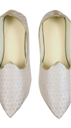 Well Proportioned Brocade White Party Wear Mens Mojari GR10902