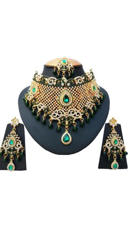 Well Proportioned Green And White Stone Work Necklace Set NNP77103