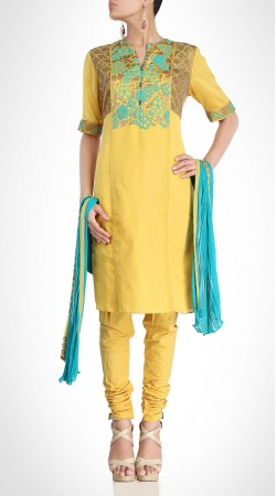Well Proportioned Yellow Silk Knee Length Kameez With Churidar SUMS19517