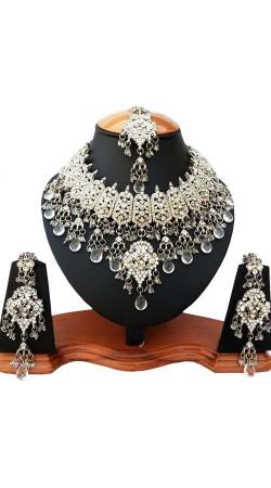 White Stones Work Necklace Set With Maang Tika NNP82006