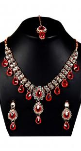 Beautiful Drop Shape Necklace Set With Maang Tika