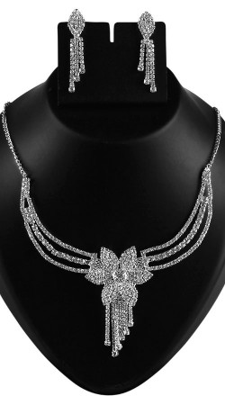 Beautiful Party Wear Necklace Set With Earrings