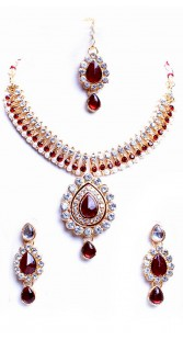 Beautifully Crafted Party Wear Imitation Jewellery