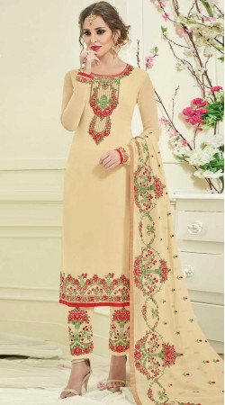 Cream Parallel Pant Suit With Embroidery Work