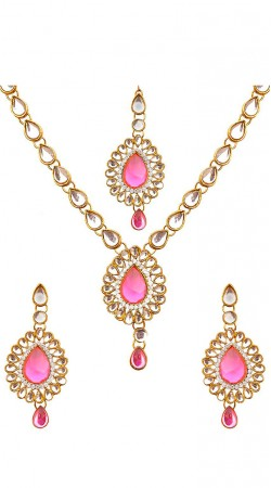Necklace Set With Maang Tika In White And Pink Stones
