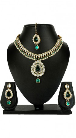Party Wear Necklace Set With Maang Tika And Earrings