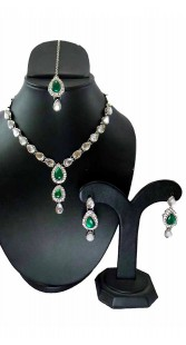 Party Wear Necklace Set With Maang Tika