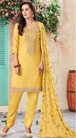 Yellow Chanderi Embroidery And Gotta Patti Work Salwar Kameez