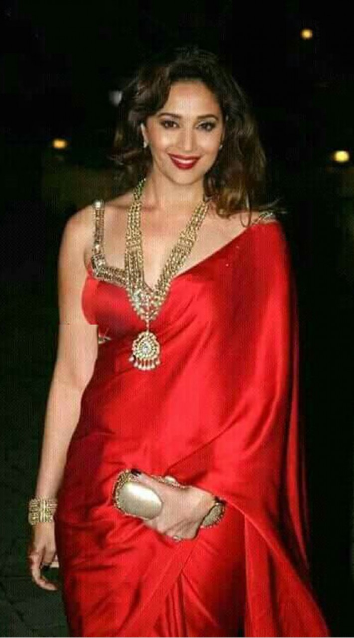 Red Satin Sleeveless Blouse Saree For Party WJ73123